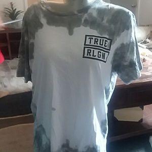 Men true religion  tshirt size L